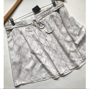 Club Monaco Ripley Skirt Off-White/Creme Sz 12 NWT